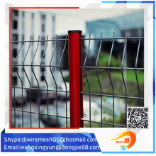 Applied widely good packaging aluminum livestock gates/vinyl coated livestock metal fence panels/cvrved fence