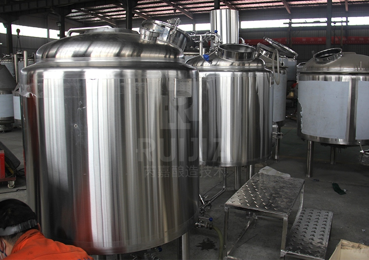 Stainless Steel 304 300L Bright Beer Tank