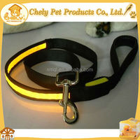 Pet Product Accessories Retractable Dog Lead Wholesale Pet Collars & Leashes