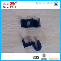 Wholesale Small One Hole Plastic Hanger Connector