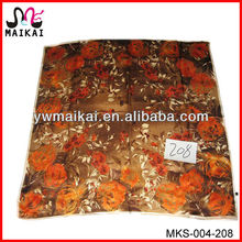 Made in china ladies fashion hand rolled hemming silk scarf