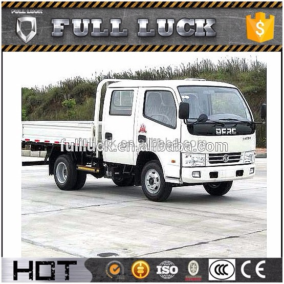 2017 Dongfeng double cab 700-16 tires light cargo truck for best price