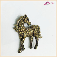 Retro Horse Shape With Yellow Rhinestone Antic Gold Brooch
