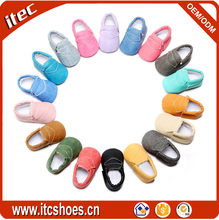 Top selling new design wholesale fringe baby moccasins