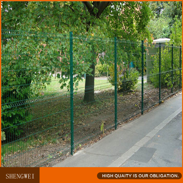 Shengwei fence - Pre assembled galvanized welded wire mesh fence panels