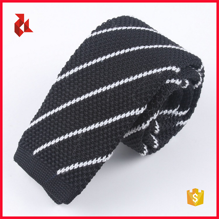 Mens 100% Polyester Stripe Skinny Knit Ties