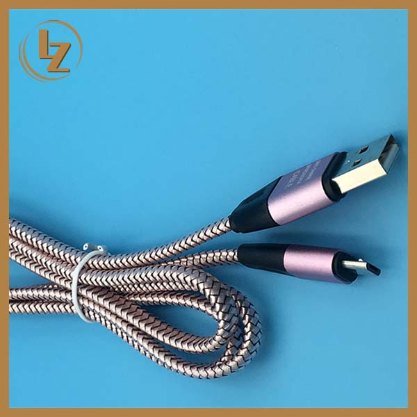 Factory Original Product Fast Delivery Flat USB Cable for Andorid Cellphone USB Cable Charger