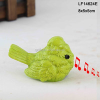 Bright green outdoor resin ornamental birds for sale