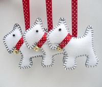 2017 new hotsale gold jingle bell metal crafts handmade fabric gifts felt tree decor wholesale hanging dog Christmas ornaments