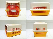 IATA air flight approved dog crates, removeable plastic dog crates