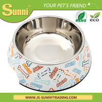 Automatic travel dog feed bowl