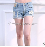 2015 SUMMER NEW DESIGN HAN EDITION EMBROIDERED HANDMADE WORN OUT LIGHT COLOR LOW-RISE JEAN