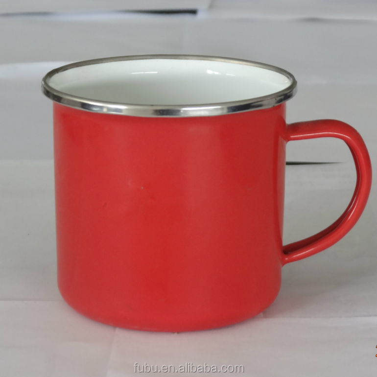 Outer with red color /Inner white enamel camping mug