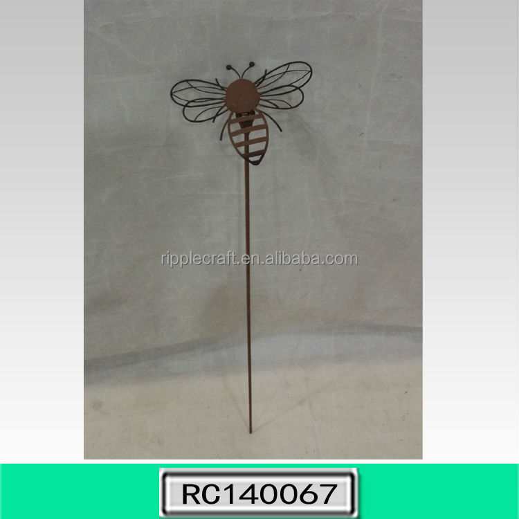 Vintage Bee Shape Wrought Iron Garden Border Stake Garden Decor