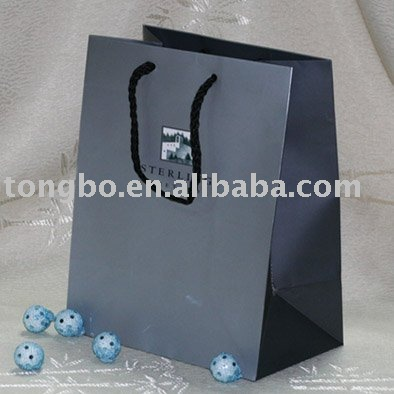 Black Colour OEM Produced Wholesale White Cardboard /Craft Paper Bag