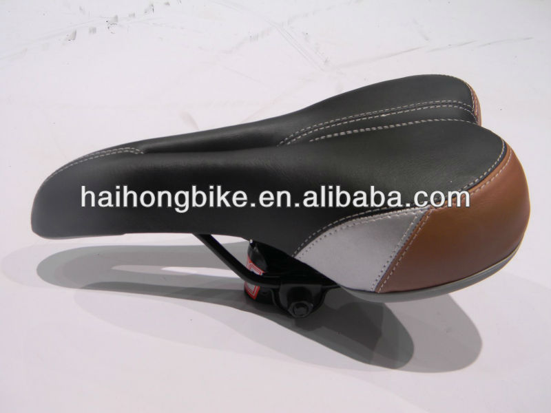 2017 top and hot-saled bike saddle with ISO9001