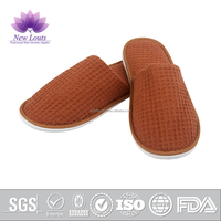 Export waffle/eva man slipper in house bedroom