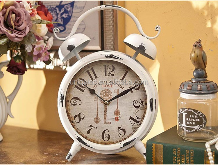 Fancy Vintage Decorative Bedside Metal Gift Table Clock