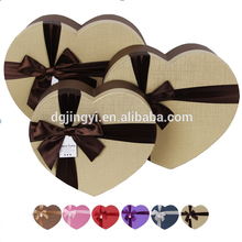 Heart shape custom packaging cosmetic sweet paper box with ribbon