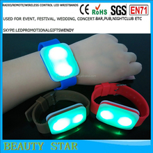 Newest led light bangles,good promotional gifts for world cup with led light bangles