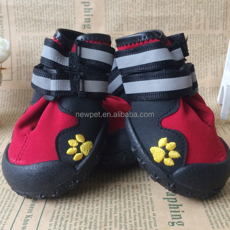 Wholesale retail fashion design anti-slip waterproof sole pet shoes dog boots dog slippers