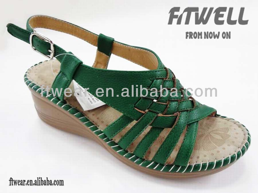Nice design ladies sandals