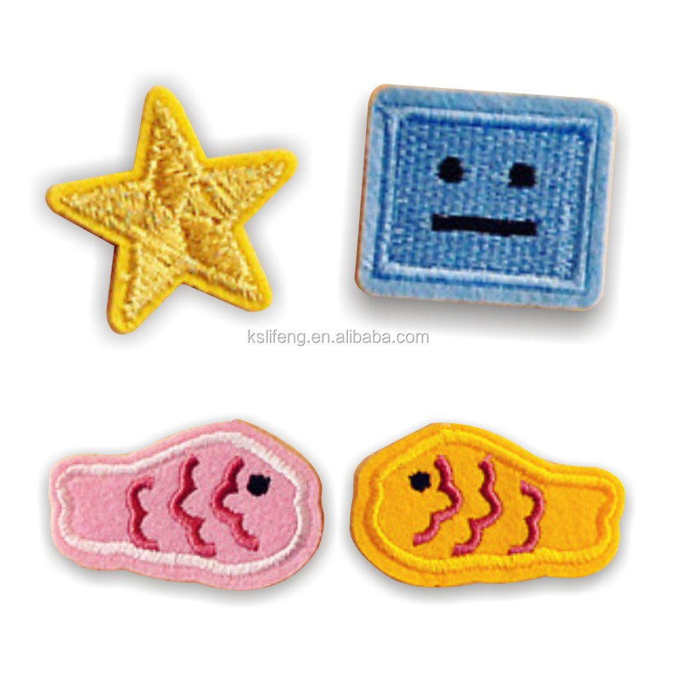 Customized Embroidery Brand Patch Products for dress