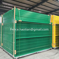 Canadian style temporary steel fencing 6' x 9.5' standard size stand free construction site mobile fence panel