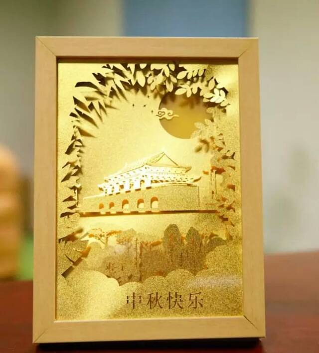 Golden glowing moon gold foil table top corporate gifts OEM Mid-autumn festival and National Day gift of Chinese style