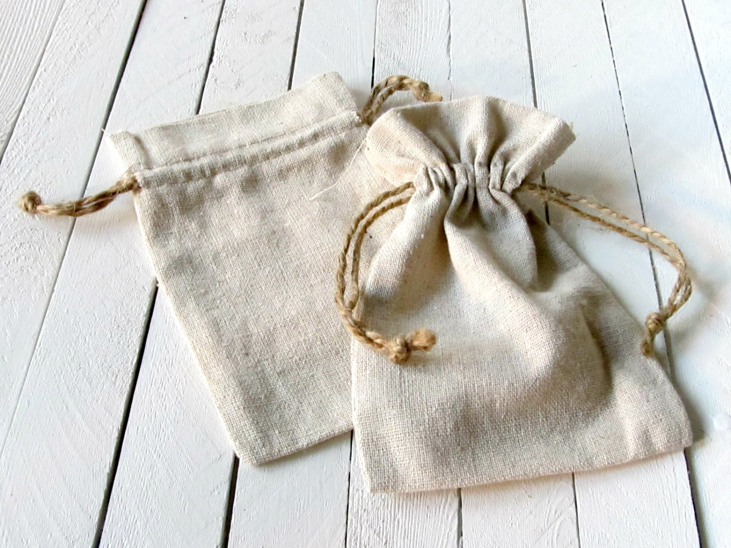 High quality natural linen flat jewelry drawstring bag
