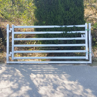 Trade Assurance HDG Cattle Yard Panels And Gates Factory Supply