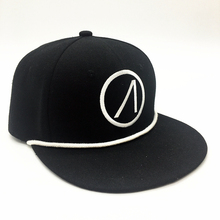 wholesale custom 100% acrylic hip hop 6 panel embroidery flat square brim snapbacks hats with sticker