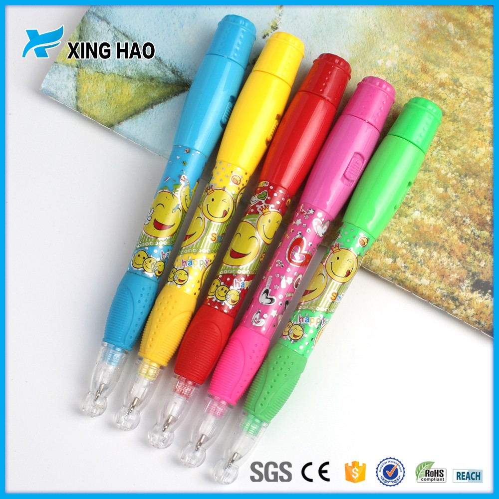Top selling Cute cartoon character ball pen with light plastic pen for children