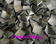 wholesale hotfix square pyramid metal studs for clothing
