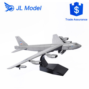 1955 Boeing B-52 Stratofortress USA 1/200 scale model aircraft