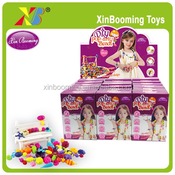 Wireless snap-together plastic beads for kids