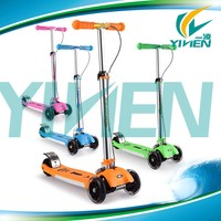 Children three wheel scooter