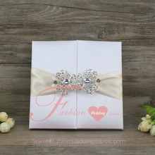 Royal Gold Luxury Silk Box Wedding Invitations With Ribbon And Buckle