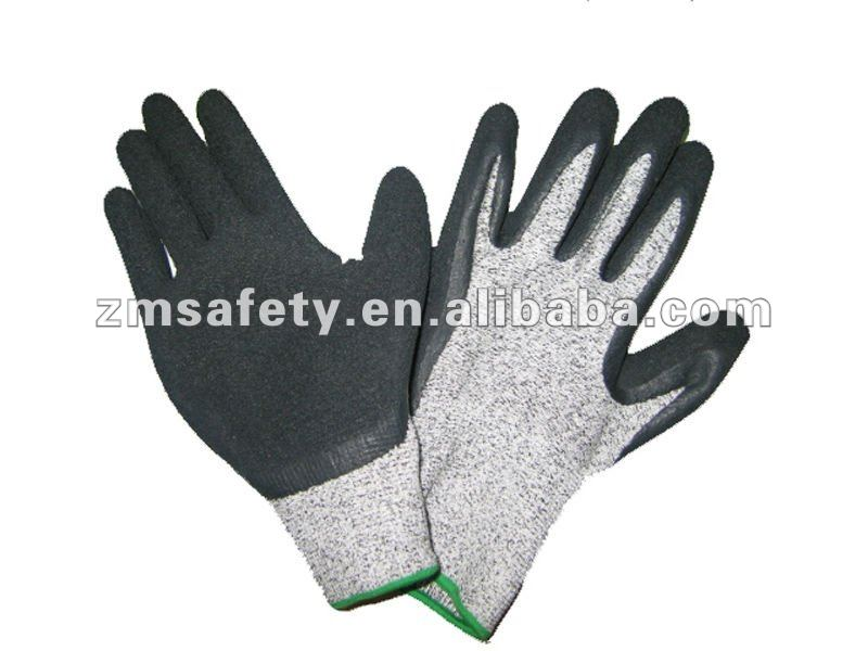 Nitrile coated cut resistance glove