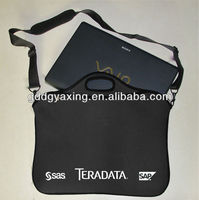 Neoprene laptop sleeve/tote with shoulder strap
