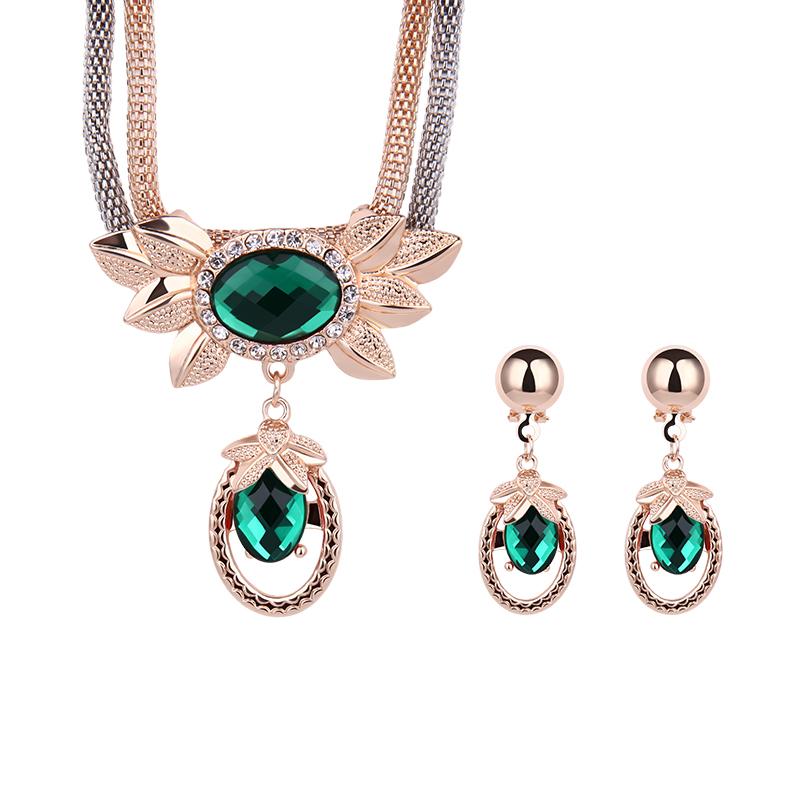 Wholesale Latest Design Fashion Necklaces Women Luxury