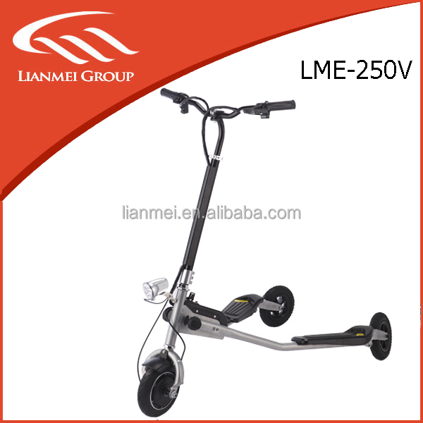 CE Approved 250W Electric Scooter with Dual Motor Driving three wheel electric scooter