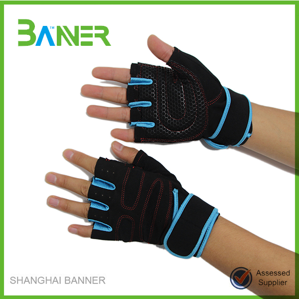 Half finger hands Protective neoprene sports training weight lifting gloves