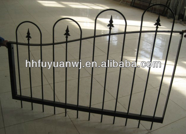 High quality Welded mesh type garden fence panel and post security fencing trellis and gate factory