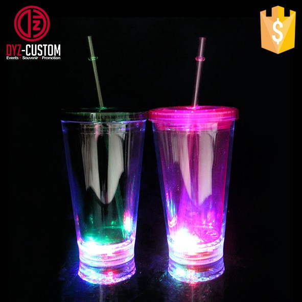 Double wall led flashing tumbler with straw (2).jpg