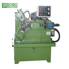 Automatic steel pipe threading machine