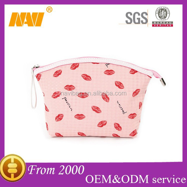 Fashion lip print waterproof travel PVC cosmetics bag case with handle makeup bag case organizer toiletry bag