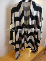 WOMEN'S FASHION ZIGZAG PONCHO