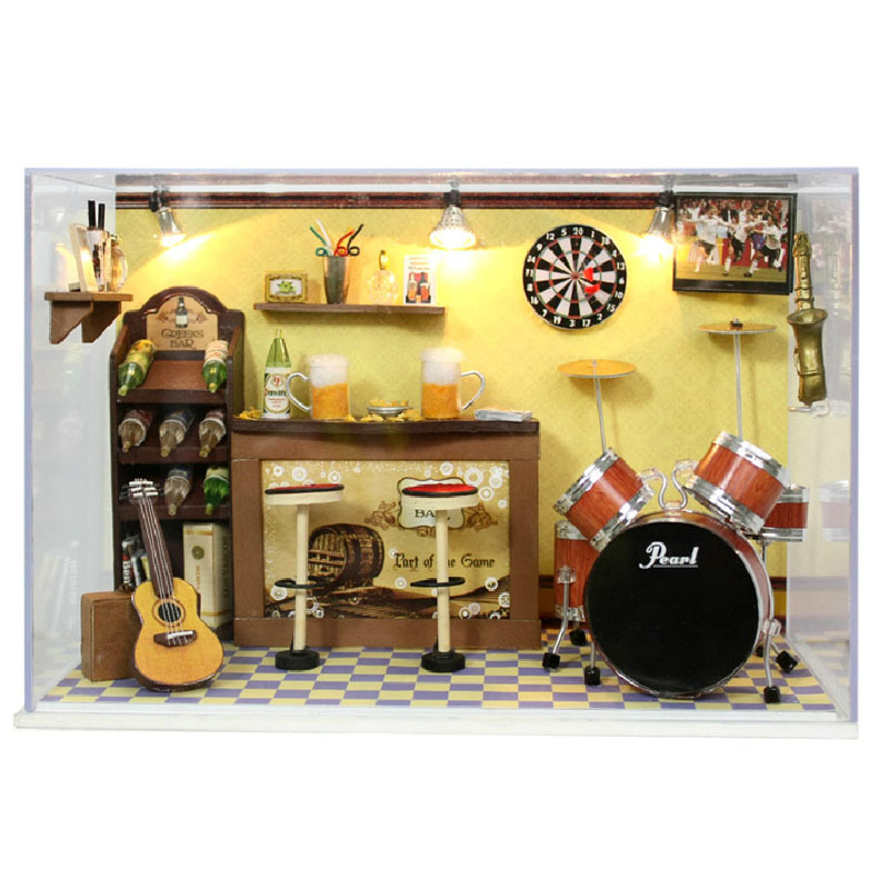 Amazon hot sale FQ Brand education diy wooden music beautiful doll house with light
