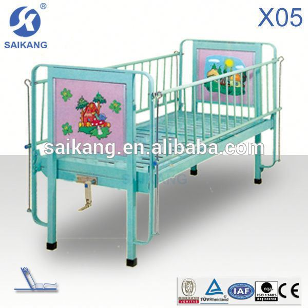 X05 Saikang Tender winner powder coated steel single crank cartoon hospital children bed